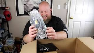 Baixar $3,000 Amazon DARK WEB Mystery Box & Goes Horribly Wrong CRAZY STUFF