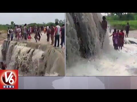 Heavy Rain Lash Hyderabad | City Roads Submerged In Flood Water | V6 News
