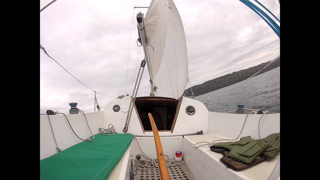 6' of headroom on a 25' sailboat