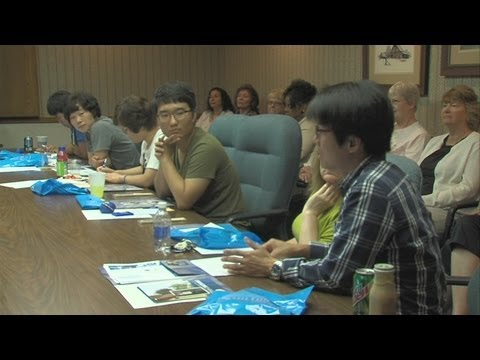 Hamilton Center Welcomes Overseas Students And Faculty