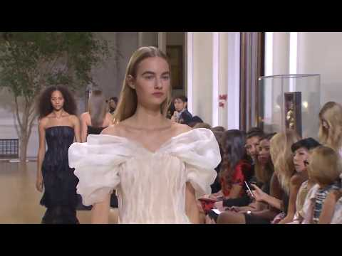 Oscar de La Renta | Spring Summer 2017 Full Fashion Show | Exclusive