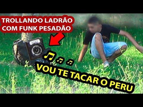 DANDO SUSTO EM LADRÃO DE MOCHILA COM FUNK PESADÃO