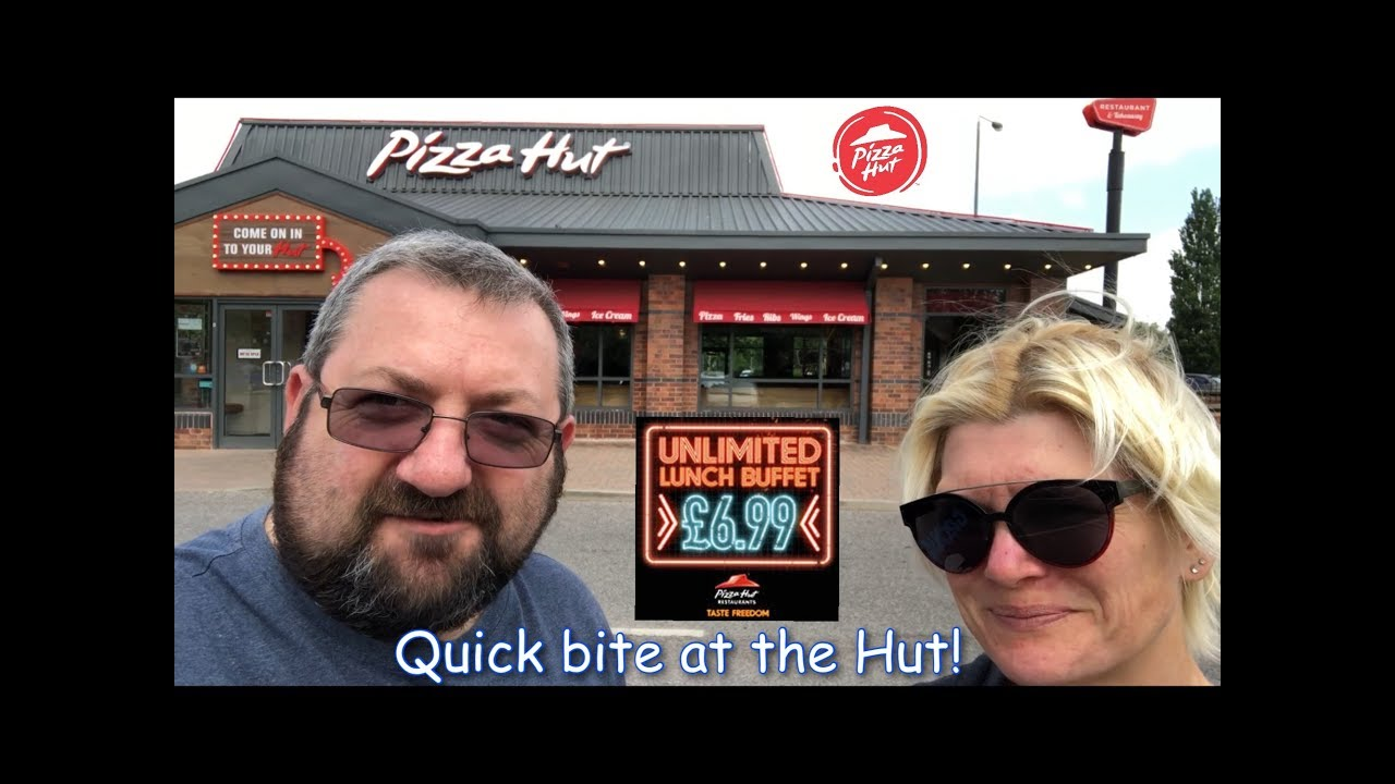 A Quick Snack At The Pizza Hut Buffet In Wakefield
