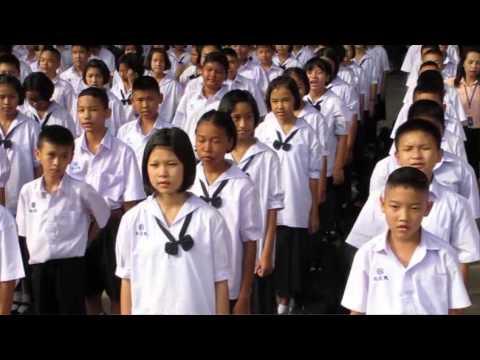 Resisting Conformity in Thailand ▶2:29