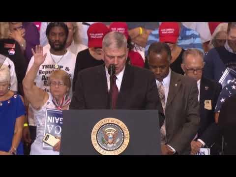 MUST WATCH: Franklin Graham AMAZING SPEECH PRAYS at President Donald Trump Rally Phoenix, Arizona