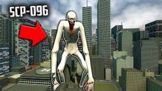 GIANT SCP-096 ATTACKS CITY! - Garry's Mod SCP Survival - Gmod SCPs Fun