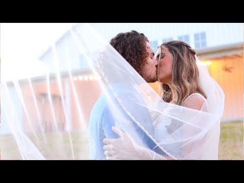 stephanie-+-justice-|-texas-farmhouse-wedding