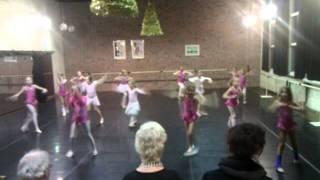 Lisa ballet 21-12-2011 Kijkles
