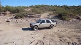 Isuzu Rodeo 4WD Arizona off road.