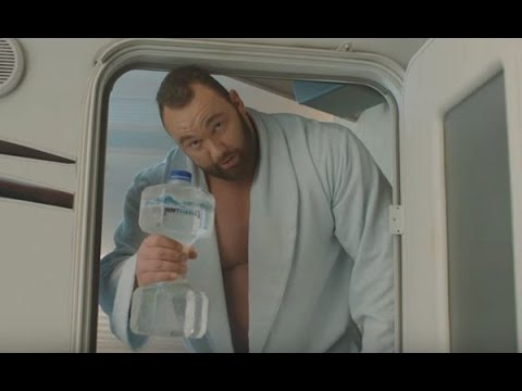 HeavyBubbles™ TV Commercial Sparkling water that makes you sweat thor bjornsson