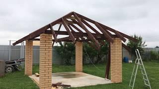 как сделать крышу на столбах