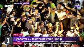 Doi jandarmi, bătuți / apărați de protestatari 10 August, Piata Victoriei