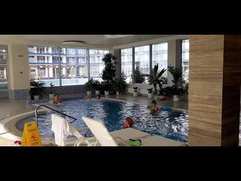 Бассейн с морской подогреваемой водой в отеле Aquadelux, преимущества спа-центра, Севастополь, Крым