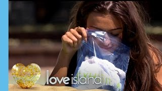 The Girls Literally Sniff Out Their Favourite Boy - Love Island 2016