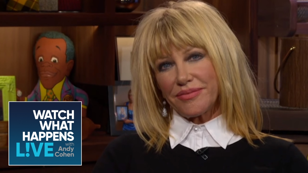 Suzanne Somers Dishes on Barry Manilow\'s Wedding | WWHL - YouTube