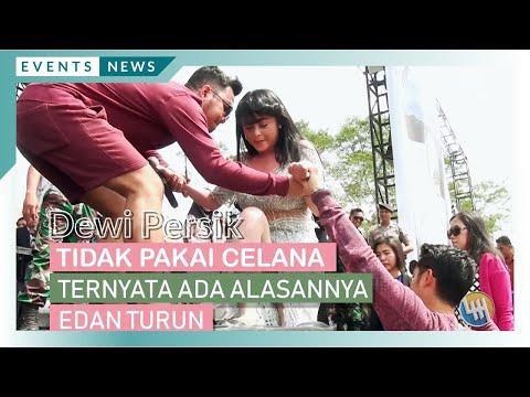 DEWI PERSIK - TIDAK PAKAI CELANA, TERNYATA ADA ALASANNYA (Live Samarinda)