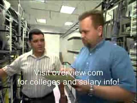 Accredited Computer Systems Analyst Degrees and Classes