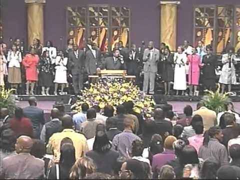 Pastor Hezekiah Walker-Praise Break