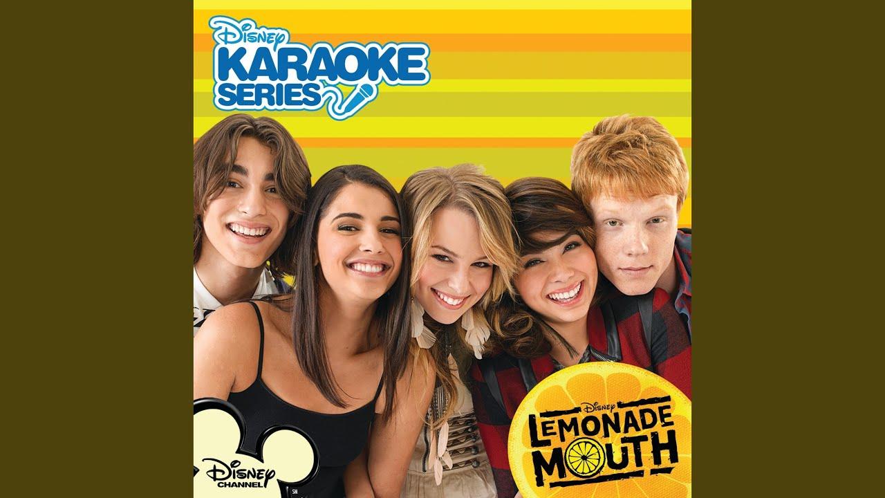 More Than a Band - Lemonade Mouth escrita como se canta