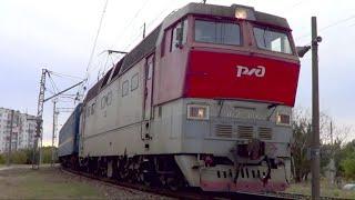 ЧС2Т-1045 с пригородным поездом №6640