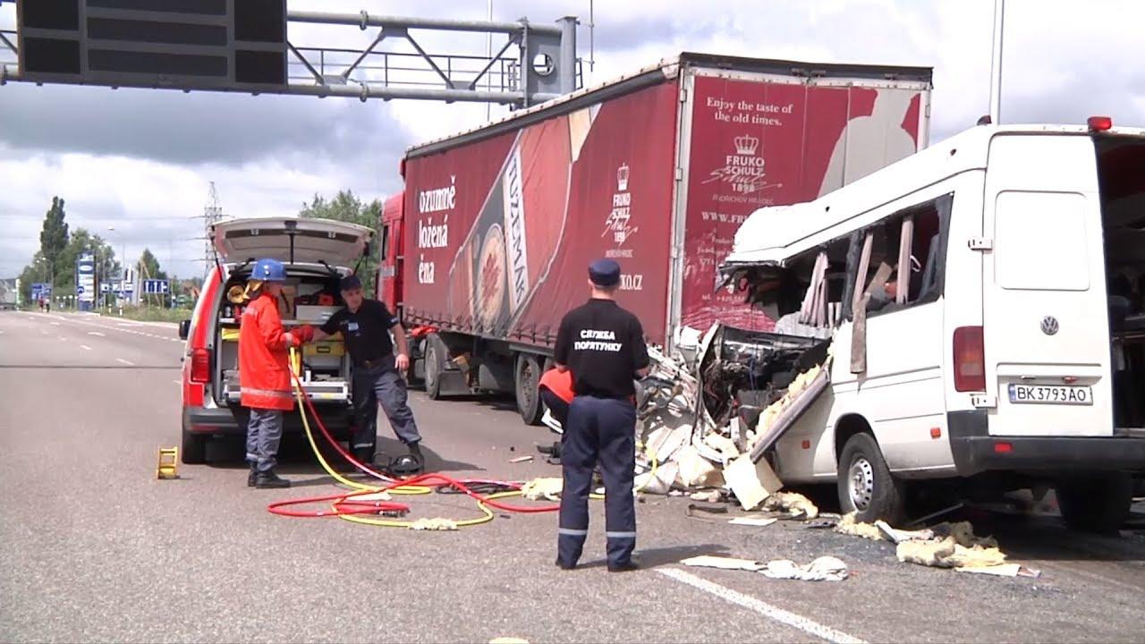 ДТП неподалік Житомира. 10 людей загинуло в аварії маршрутки з фурою