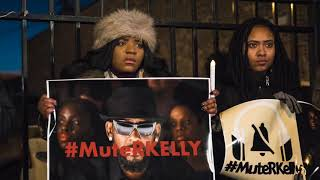 #MuteRKelly protesters rally outside Chicago studio