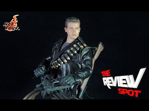 Collectible Spot - Hot Toys Terminator 2 DX10 T-800 Sixth Scale Figure