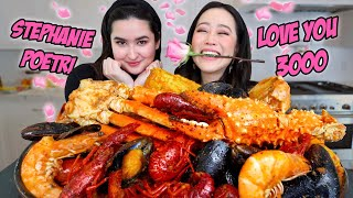 GIANT SEAFOOD BOIL with STEPHANIE POETRI (King Crab Legs, Snow Crab, Shrimp Etc) MUKBANG