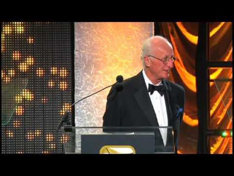 Bob McDill Accepts the ASCAP Golden Note Award in Nashville
