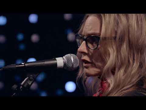 Aimee Mann - You Never Loved Me (Live on KEXP)