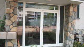 видео Алюминиевые двери в коттедж и магазин