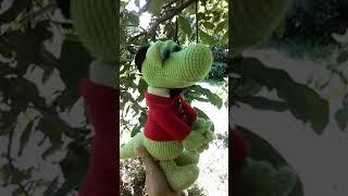 Вязаный крокодил Гена
