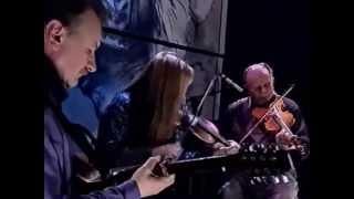 Irish traditional fiddles : Francie & Mairead Mooney
