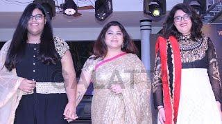 Khushbusundar walks the ramp for Sanjana Jon at CIFW 2015