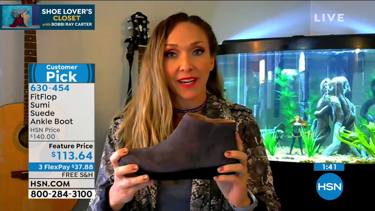 FitFlop Sumi Suede Ankle Boot - YouTube