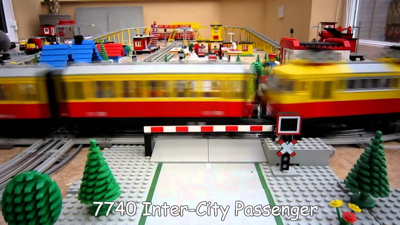 Lego Town Trains - 12v Lego Train Layout from 1980\'s - YouTube
