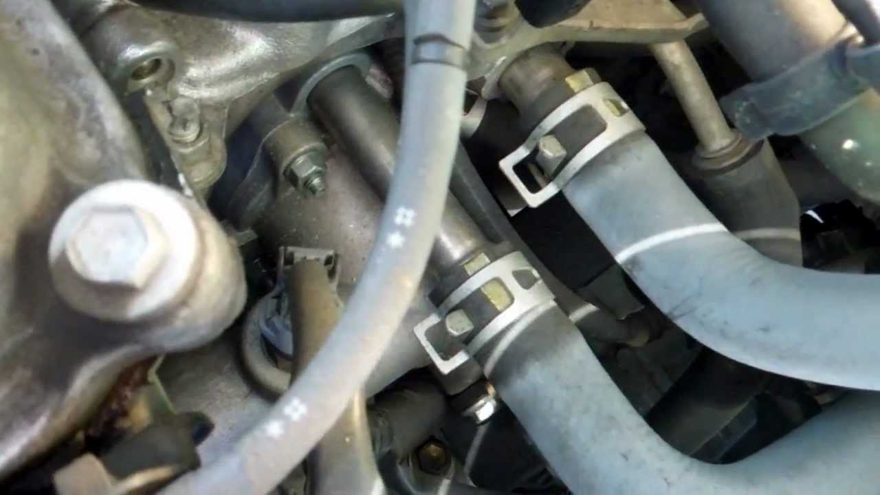 2000 toyota sienna le thermostat location [ 1280 x 720 Pixel ]