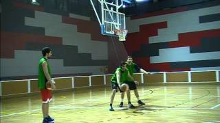 BASKETBALL POST MOVES. TRAINING WITH THREE OF THE TOP CENTERS IN THE COUNTRY (SPAIN)