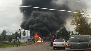 Загорелся автомобиль на жд переезде