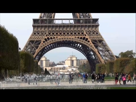 Tour Eiffel Tower ; Champ de Mars ; Trocadéro ; Palais Chaillot ; Paris ; France
