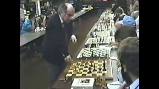 Former world chess champion GM Mikhail Tal versus FM David Lucky - Simul game
