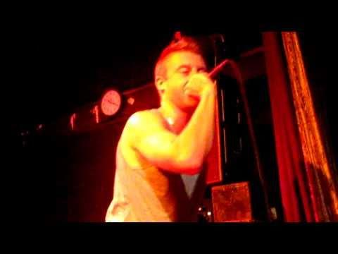 Macklemore x Ryan Lewis- Hold Your Head Up @ Bowery Ballroom, NYC