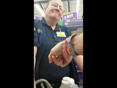 Giving Walmart employee love