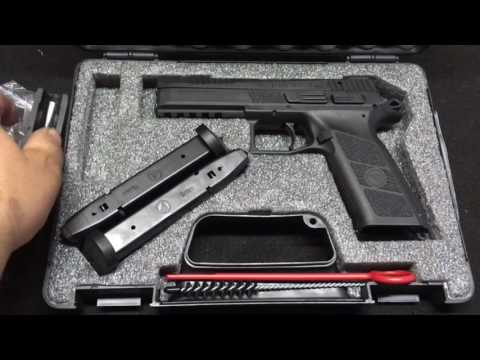 CZ PO9 BENCH REVIEW AND FIELD STRIP