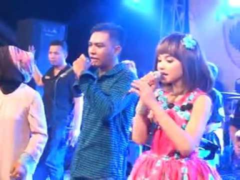 Download lagu terbaik Dinding Kaca ~ Gerry Feat Tasya di ZingLagu.Com