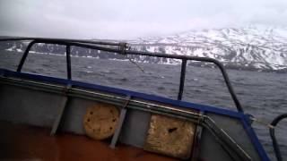Курильские Острова - как я провел лето Видео №5 - Первый выход в море(Сети выставили идем назад., 2015-07-21T00:01:34.000Z)