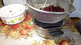 Как удобно и легко протирать овощи, ягоды и фрукты через сито.