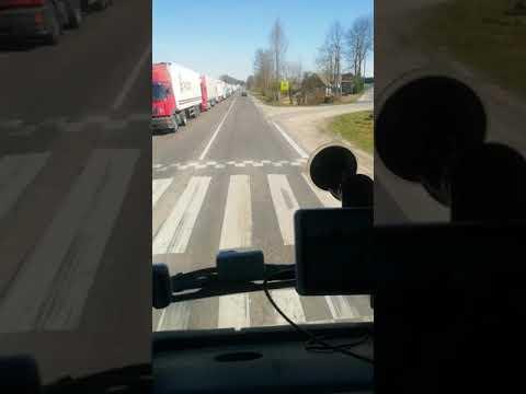 Водители дальнобойщики в очереди на границу. Кибартай Чернышевское 19.04.2019