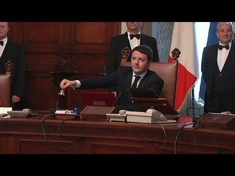 Renzi sworn in as new Italian prime minister