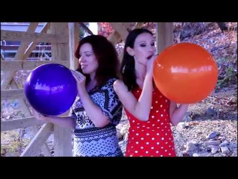 Balloon fetish videos